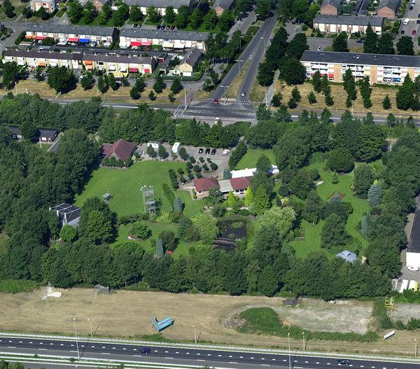 Luchtfoto Oosterhout stadsgezichten gebouwen woningen ...